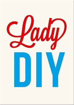 Carte postale: Lady DIY