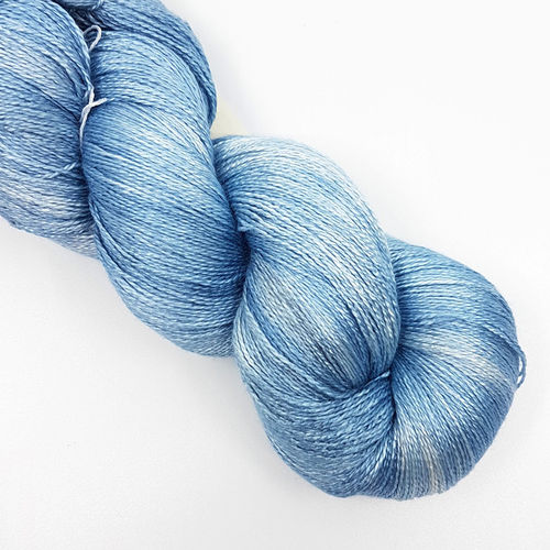 "Sidispinnt Lace Seide ""Gentle Blue"""